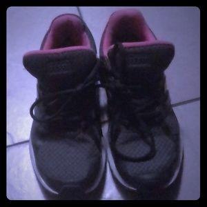 Adidas shoea